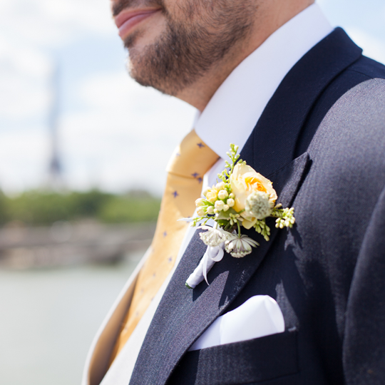 boutonniere-yellow