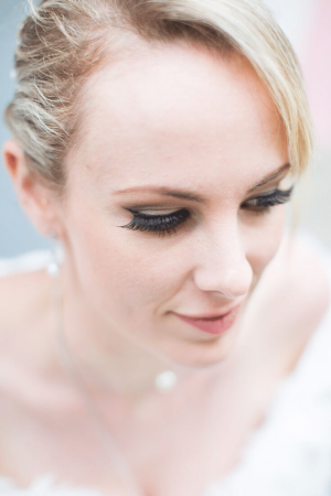 false-eyelashes-wedding