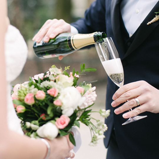 product-image-champagne-toast
