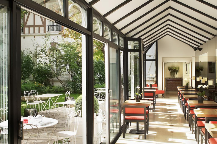 recommended-paris-hotels-tested-by-brides-jardin-de-neuilly