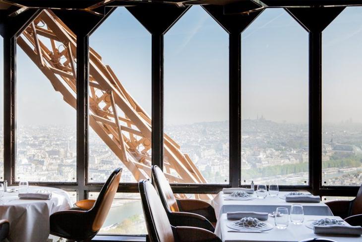 romantic-restaurants-in-paris-to-celebrate-wedding-9