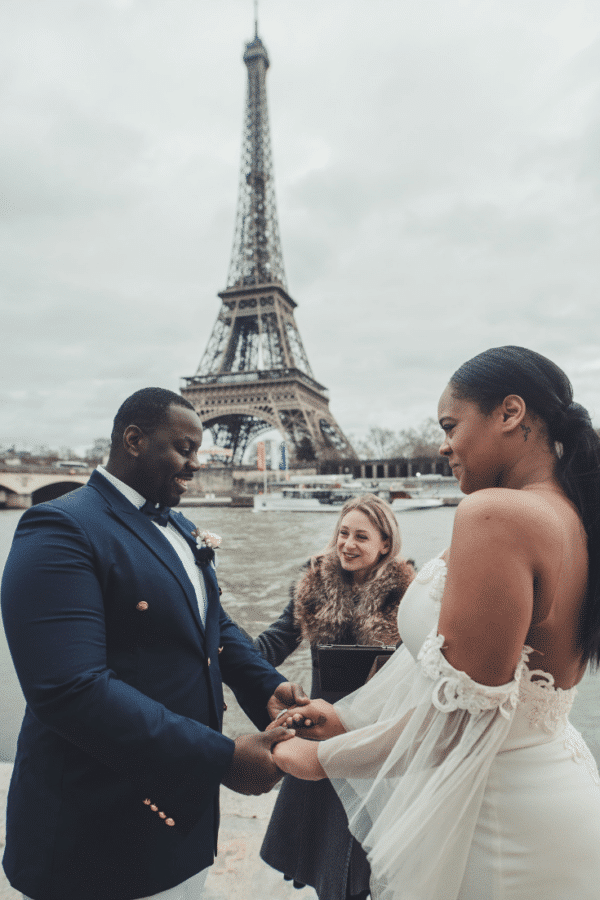 tailor-made-ceremony-eiffel-tower