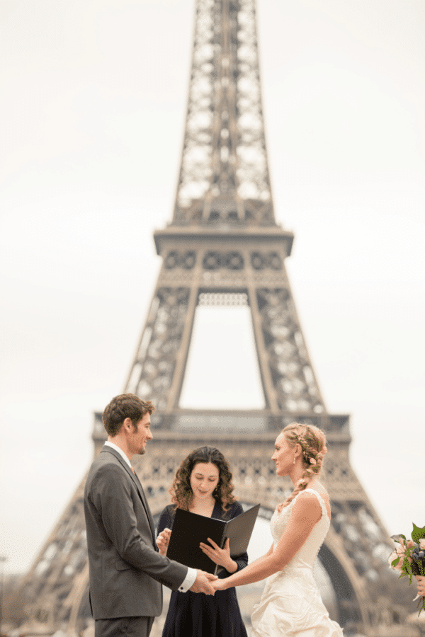 tailor-made-ceremony-eiffel-tower-morning