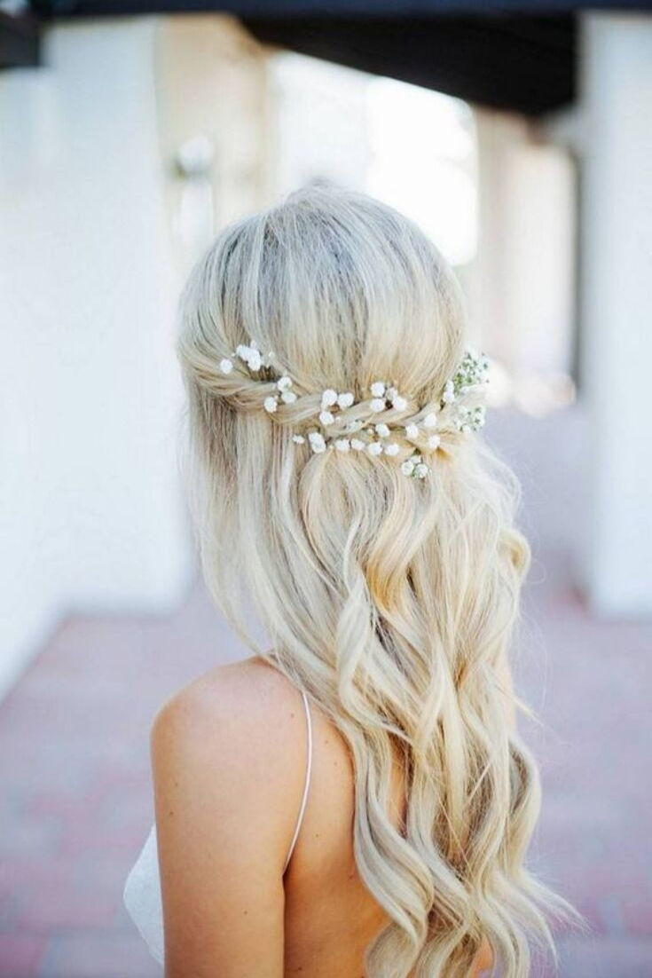hairstyle fresh flowers baby breath