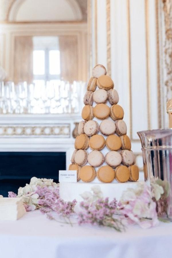 paris-macaron-tower