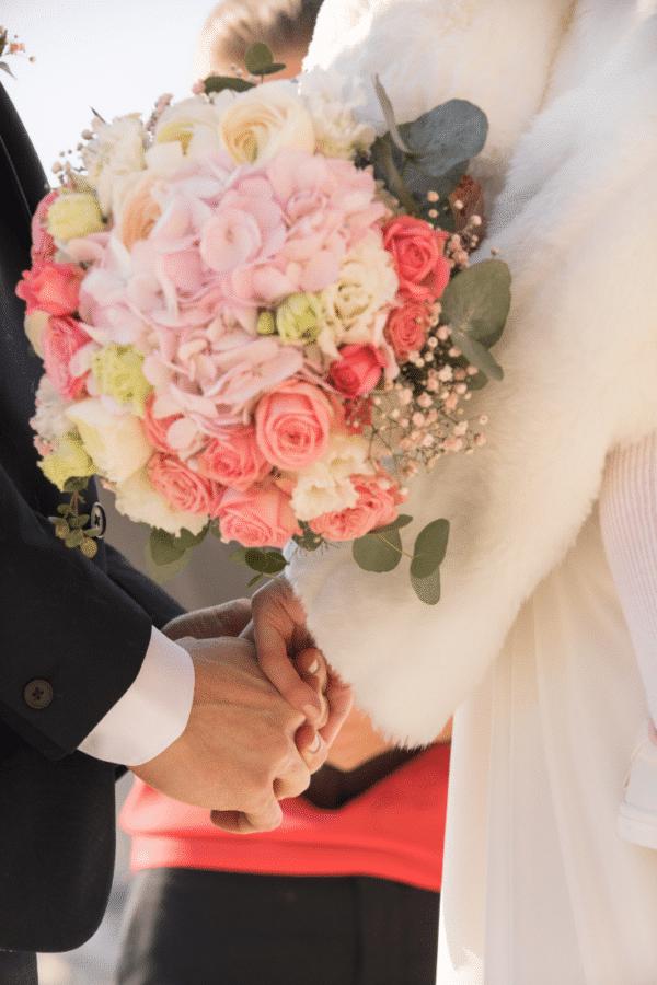bride-bouquet-pink