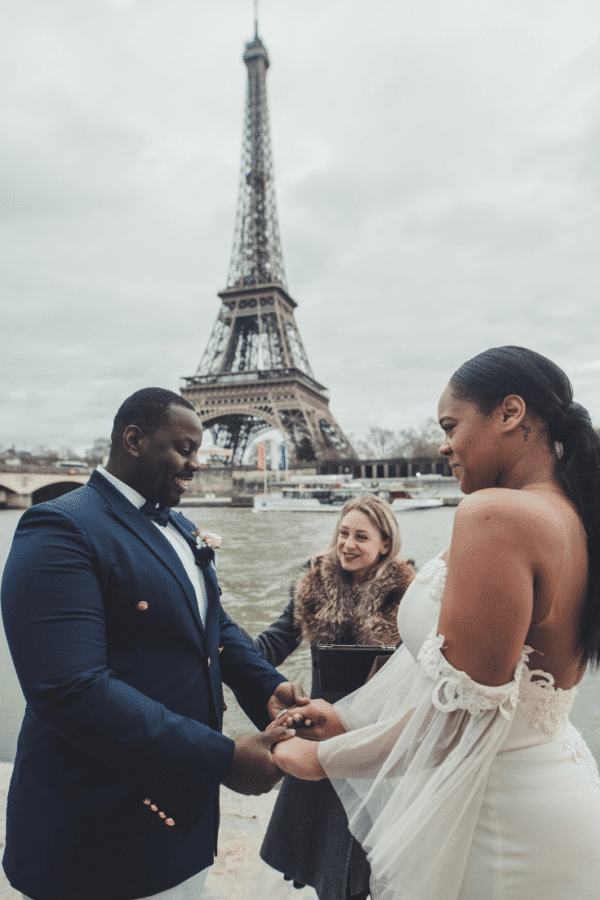 minimalist-wedding-quai-eiffel-tower